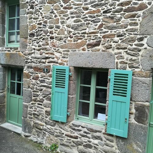 Porte entrée fermière et fenêtres PVC - vert