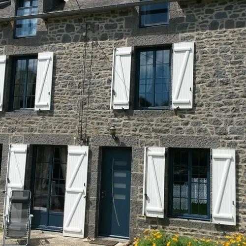 Rénovation porte entrée alu fenêtres la française alu et volets battants-St pierre de Plesguen