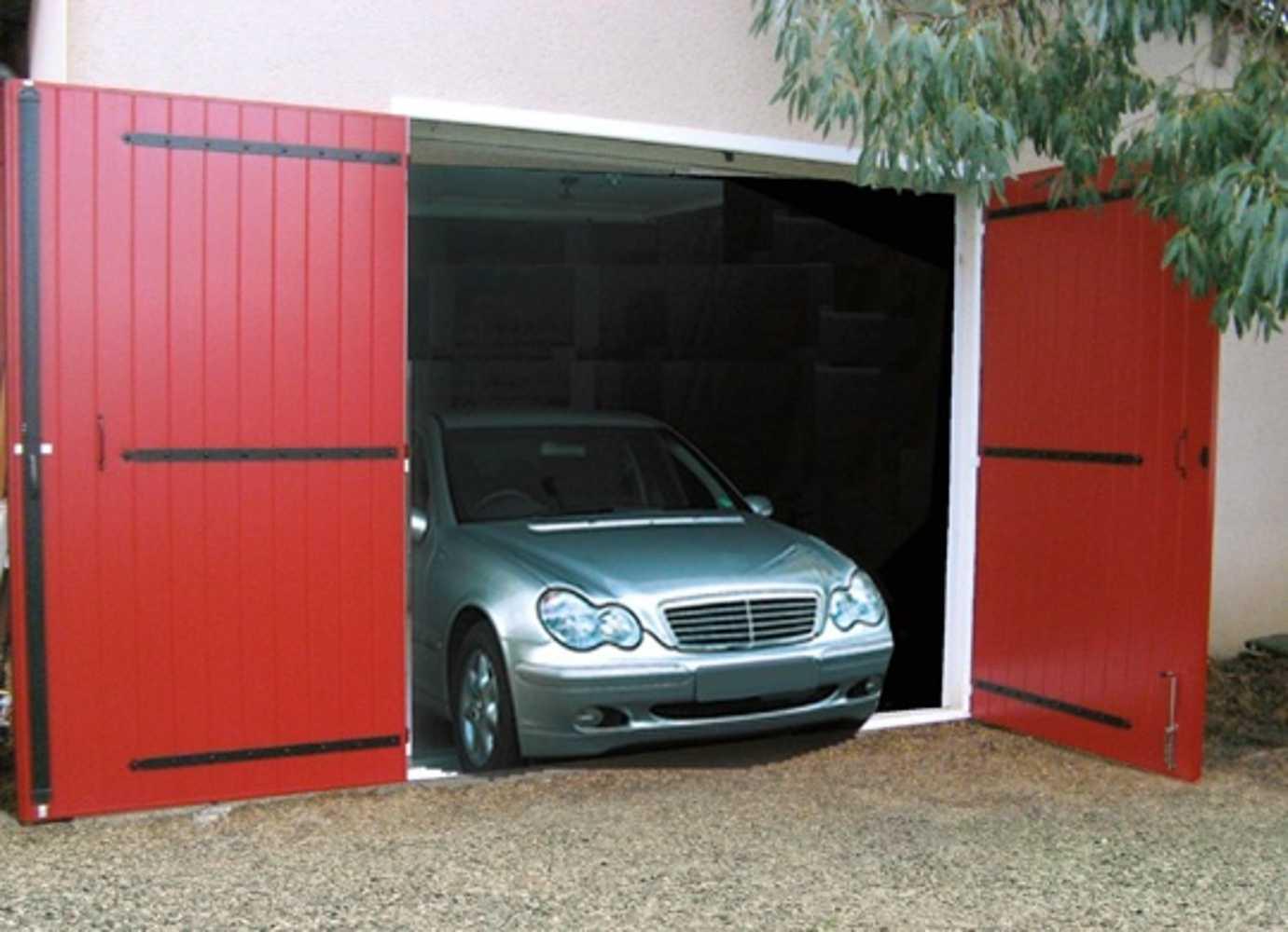 Porte de garage battante - Habitalia 0