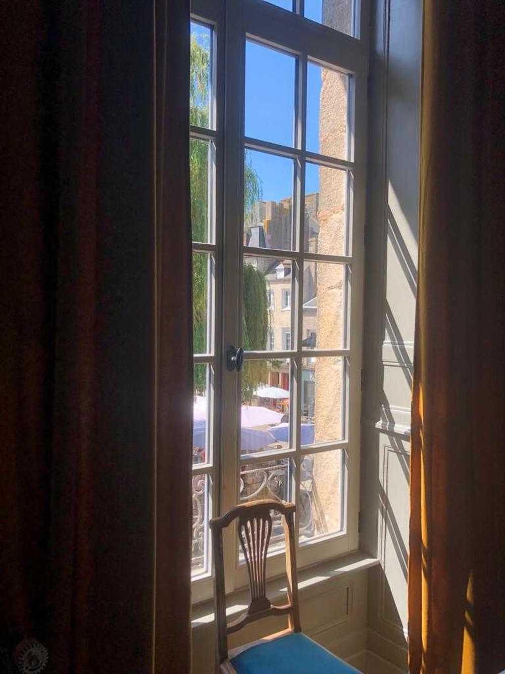 Installation de fenêtres en bois - Dinan (22) whatsappimage2020-07-08at01.46.332