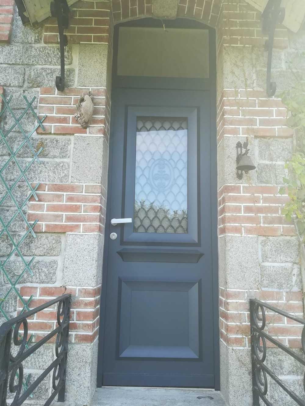 Installation porte d''entrée alu avec imposte 0