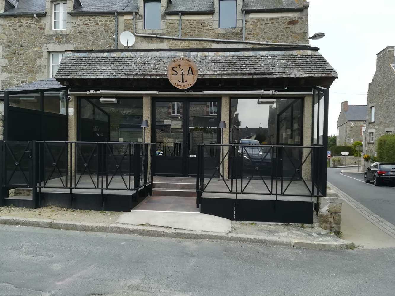 Rénovation vitrine et porte entrée bar restaurant - Saint Jacut de la Mer 0