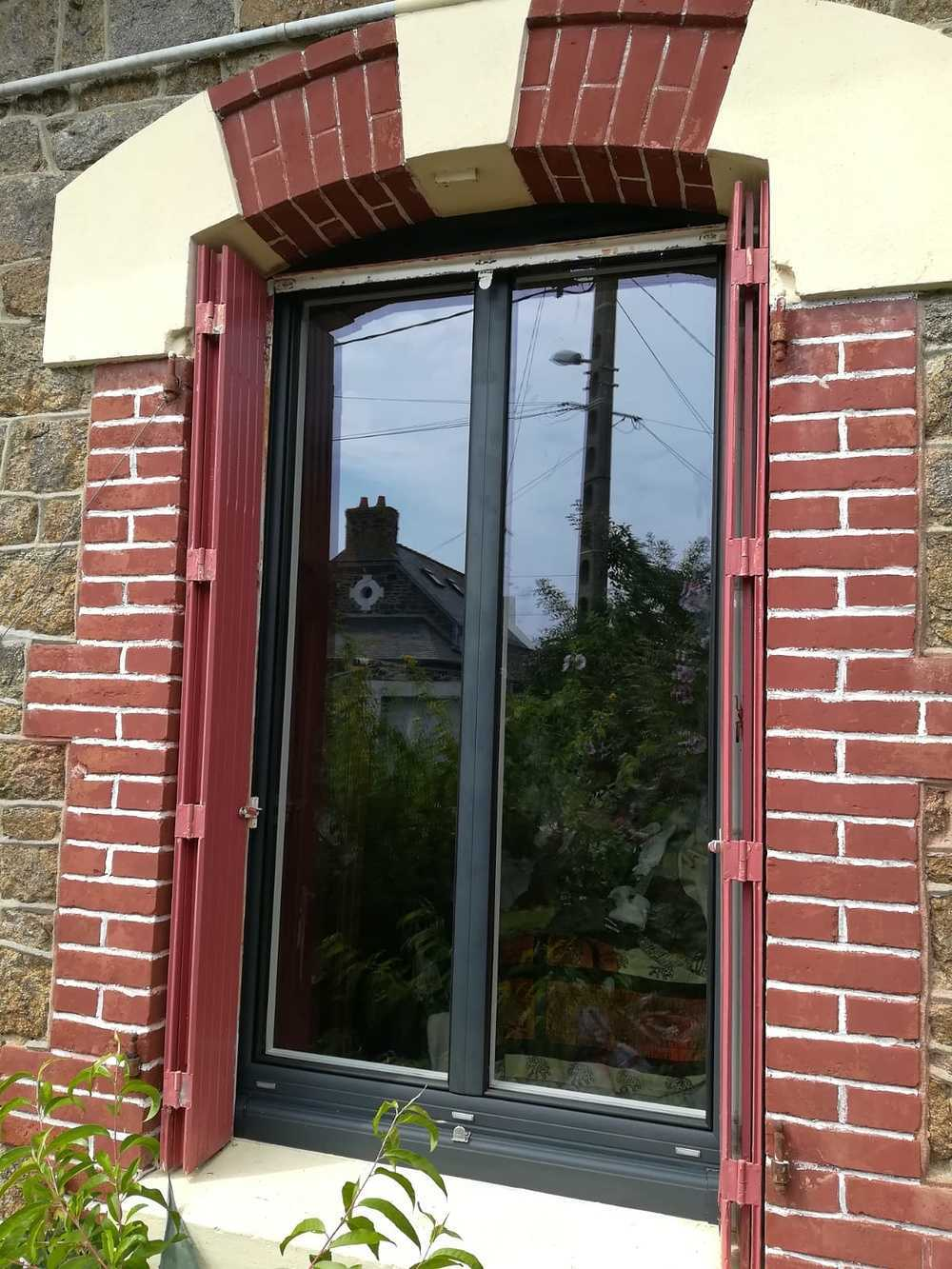 Rénovation fenêtre alu ouverture à la française 0
