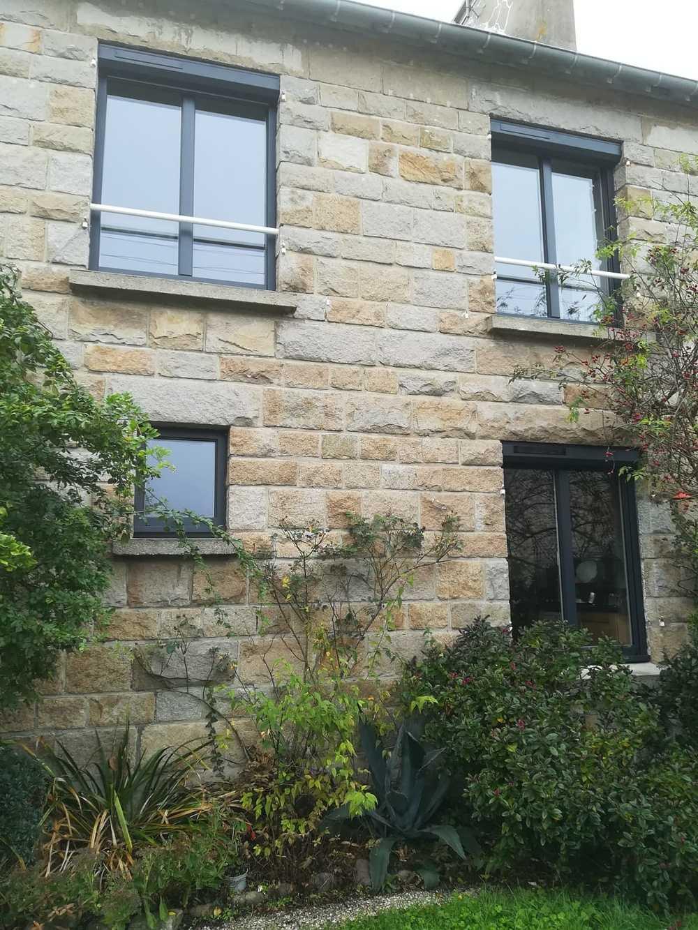 Fenêtres alu gris 2 vantaux et fenêtre fixe 0
