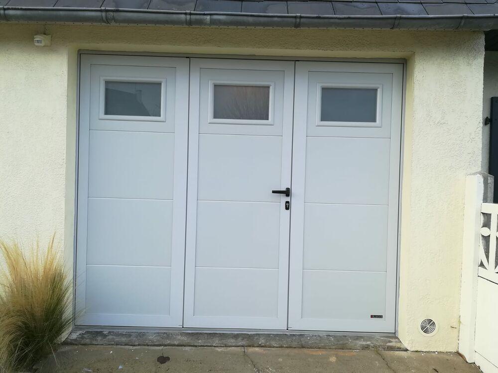 Porte de garage moderne pvc blanc sectionnelle plafond  0