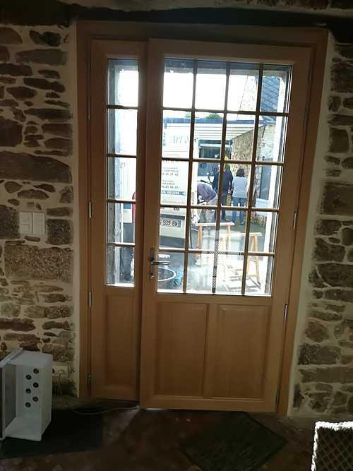 Rénovation porte d''entrée bois - grande largeur - Dinan 20a93396-0e68-43ed-aa53-b958b9e6d907